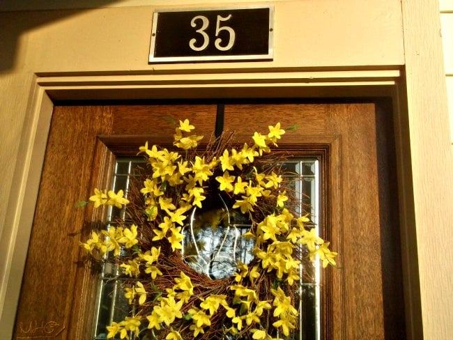 outdoor living, front porch, seasonal decor, spring decor