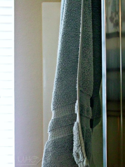 Discover the Secret to Fresh Smelling Towels at www.mrshinesclass.com