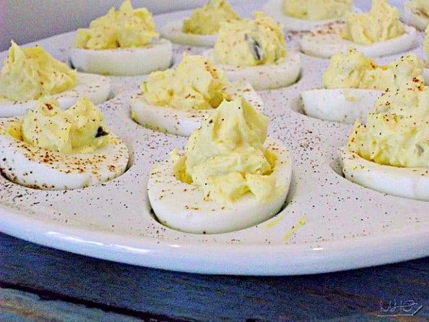 entertaining, menu planning, Texas bbq, July 4th, holiday menu, deviled eggs recipe