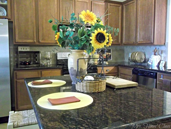 A Kitchen with French Country Flair: Mrs. Hines' Class