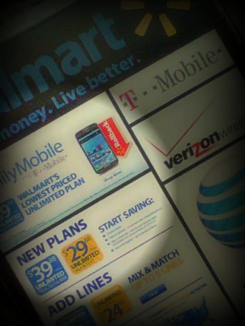 #shop #FamilyMobileSaves #cbias  What does a Cheap Wireless Plan and Plans for the Holidays have in common?  Find out at Mrs. Hines' Class