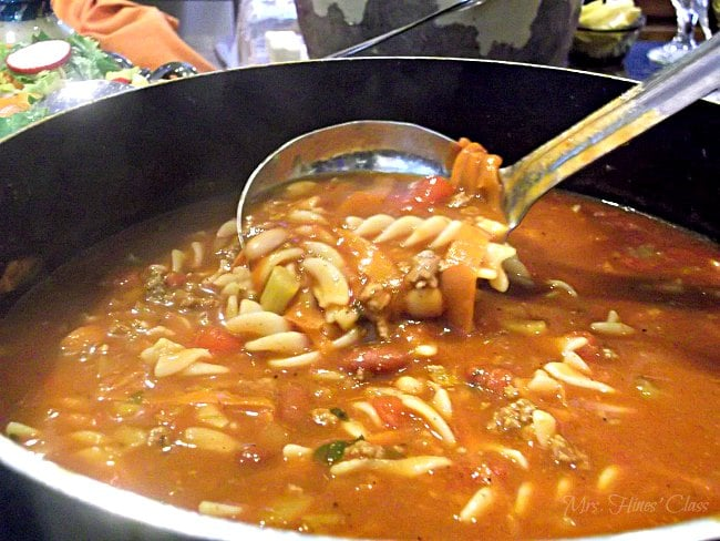Got a hungry crowd? This hearty soup will satisfy their appetites! Pasta e Fagioli recipe: Mrs. Hines' Class