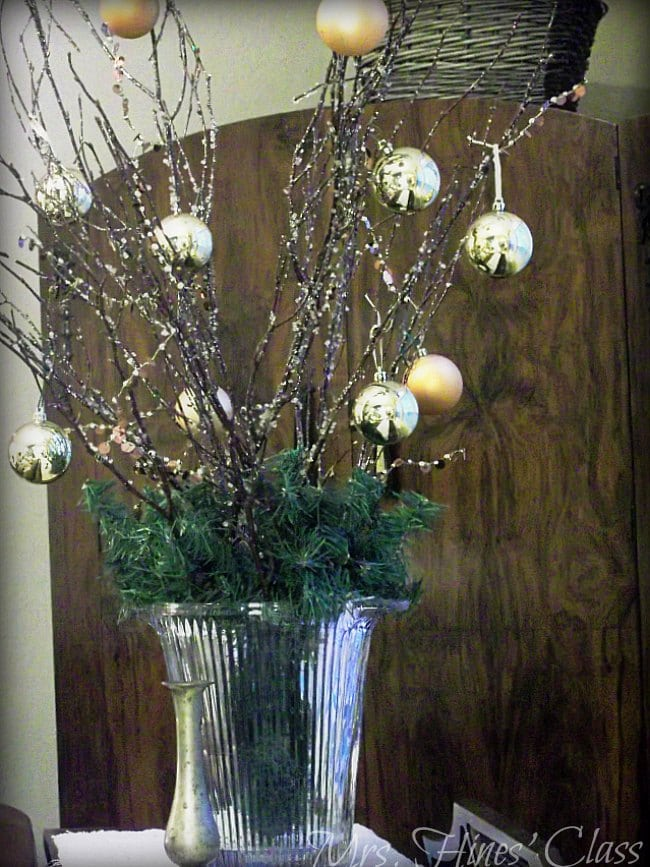 You're invited to Walk through the doors of this Woodland Theme Christmas Home Tour: Mrs. Hines' Class