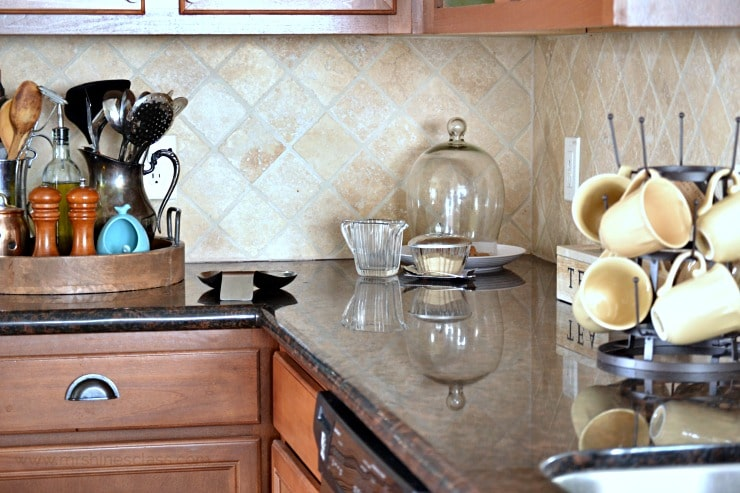 Do you ever struggle with keeping your kitchen pretty, but making it practical at the same time? I have, too, but have finally found the solution. Tour my kitchen to Discover my tips and #KohlerIdeas #ad at www.mrshinesclass.com